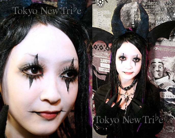 Cute Goth pierrot clown makeup, drag or dragon queen, anime cosplay fantasy sexy outfit, Tokyo Visual Gothic style tribe, Japanese goth club fashion, street fashion snaps in Tokyo, cute Japanese goth girl at nightclub